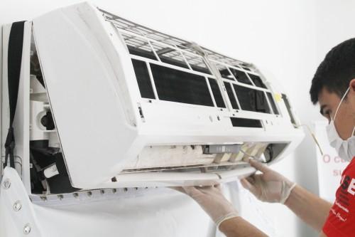 Aprenda a fazer limpeza em ar-condicionado